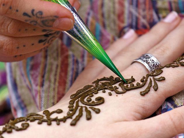 Как сделай татуировку хной